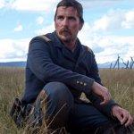 Hostiles: Christian Bale nella prima immagine ufficiale del western di Scott Cooper