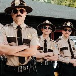 Super Troopers 2: ecco il primo red band trailer dell'irriverente commedia di Jay Chandrasekhar