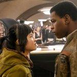 """Star Wars, John Boyega: """"Gli insulti al cast non cambieranno di una virgola le decisioni sui personaggi"""""""