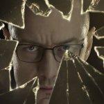 Glass: James McAvoy è la Bestia nel motion poster inedito, giovedì il nuovo trailer