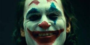 Joker: ecco un primo sguardo a Joaquin Phoenix nei panni del clown principe del crimine