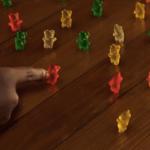 Piccoli Brividi 2: gli orsetti gommosi all'attacco nel nuovo trailer