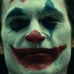 Joker: Joaquin Phoenix in un cimitero nelle nuove foto dal set