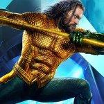 Aquaman: Arthur impugna il tridente in un nuovo banner internazionale