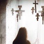 Crucifixion, il trailer italiano del nuovo horror di Xavier Gens