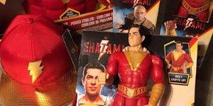 Shazam!, il regista David F. Sandberg ci offre un nuovo sguardo al merchandise del cinecomic DC