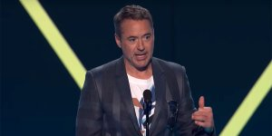 Avengers: Endgame trionfa ai People's Choice Awards, Robert Downey Jr. omaggia Stan Lee