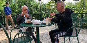 hayao miyazaki al ristorante del museo studio ghibli