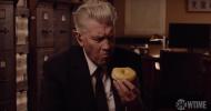 Twin Peaks: nel nuovo teaser David Lynch è di nuovo Gordon Cole!