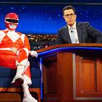 Bryan Cranston corona un suo sogno e si veste da Power Ranger per il The Late Show