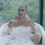 House of Cards: Michael Kelly spiega la quinta stagione dalla sua vasca da bagno
