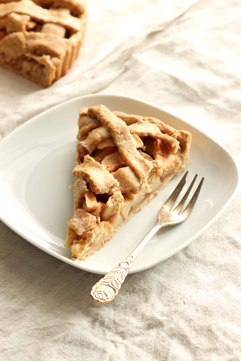 American Apple Pie mit Dinkelvollkornmehl