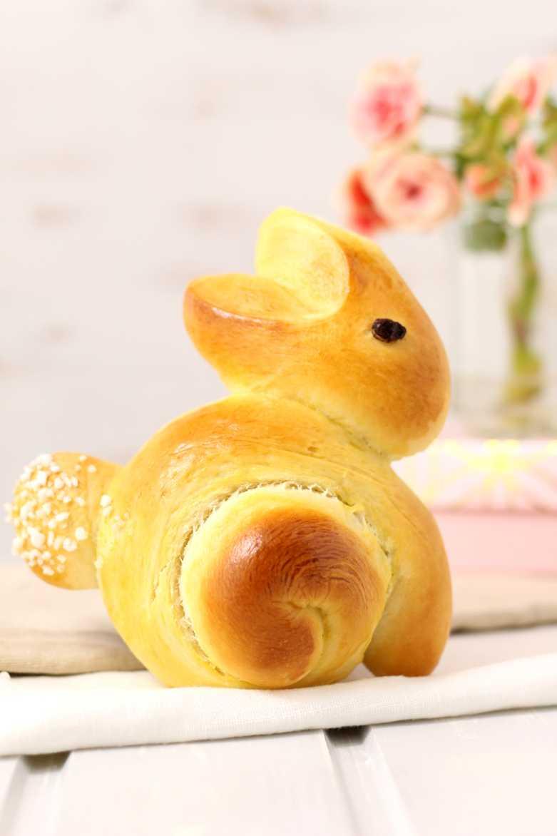 Süße Hefehasen zu Ostern