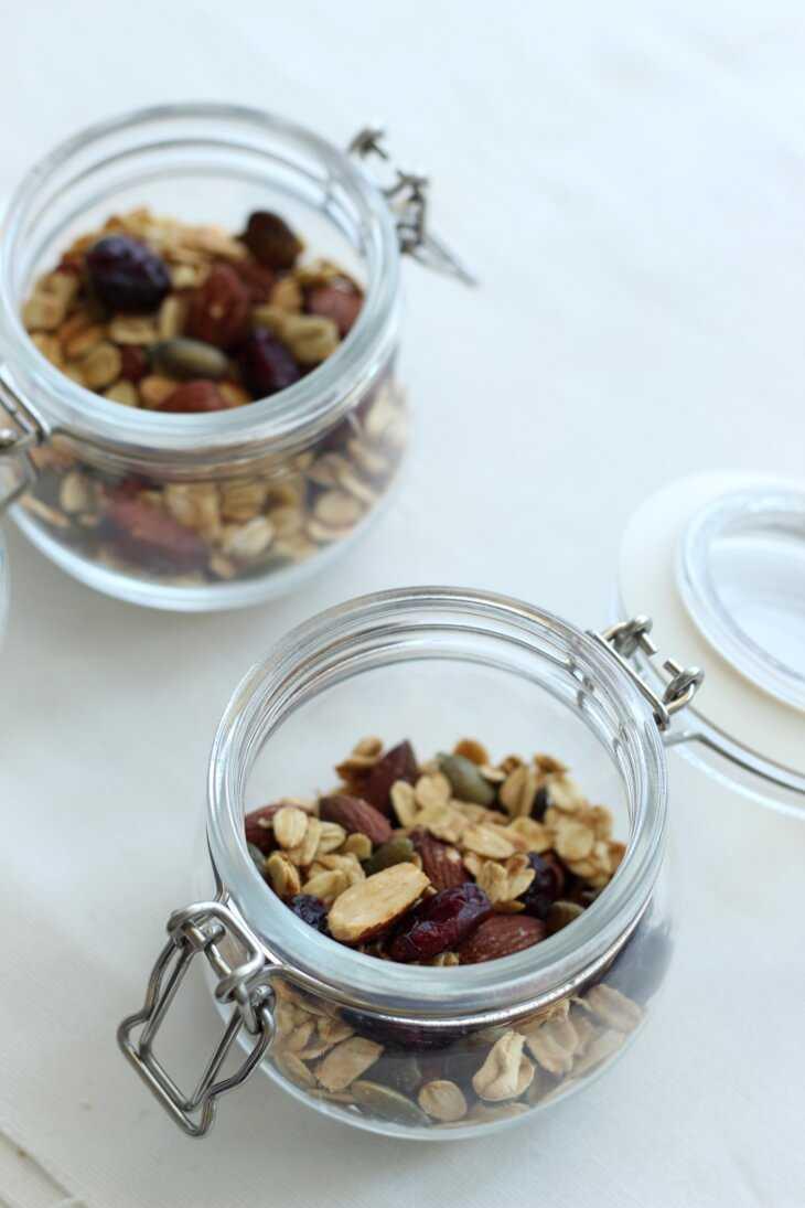 Gebackenes Müsli mit Cranberries | bäckerina.de
