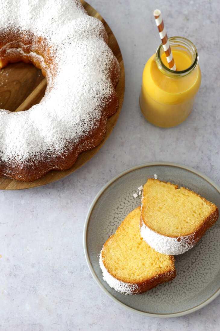 Saftiger Eierlikörkuchen | bäckerina.de