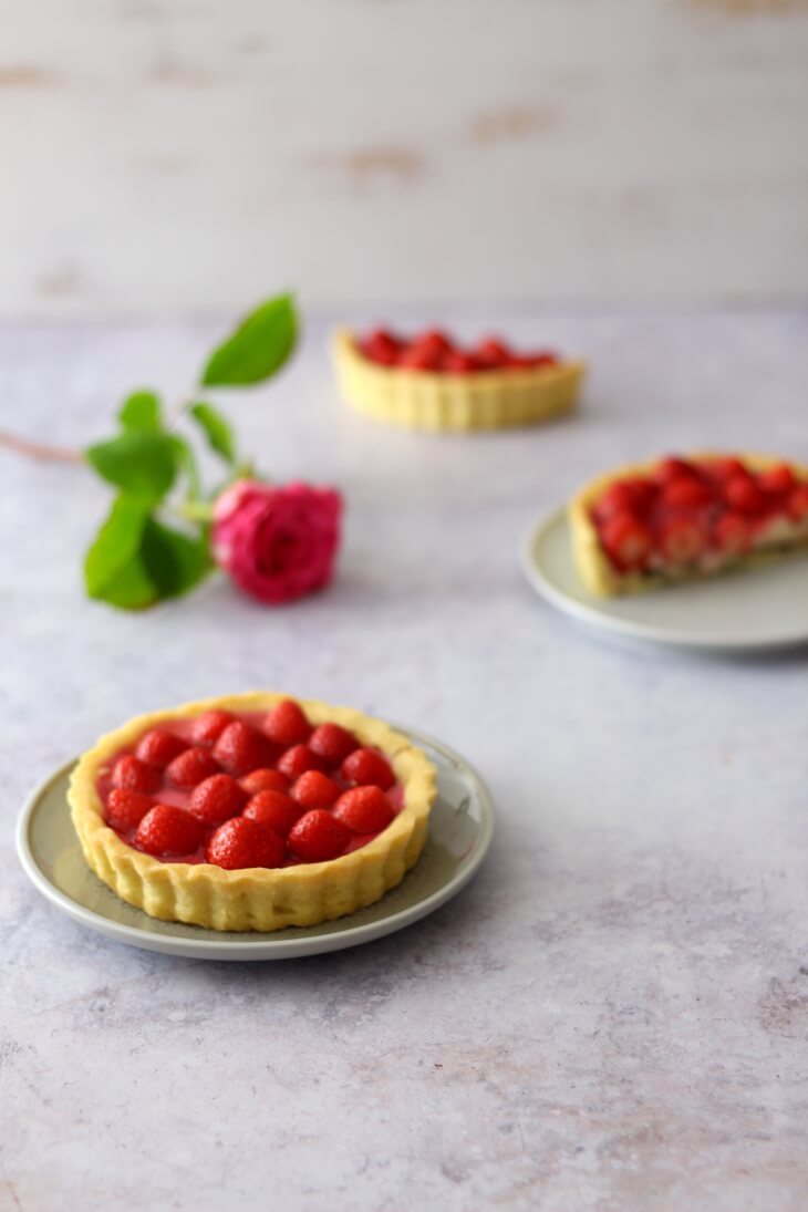 Erdbeertörtchen Rezept | bäckerina.de