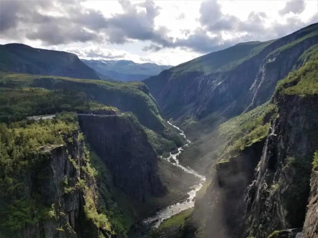 Das Mabodalen in Norwegen beim Voringfossen