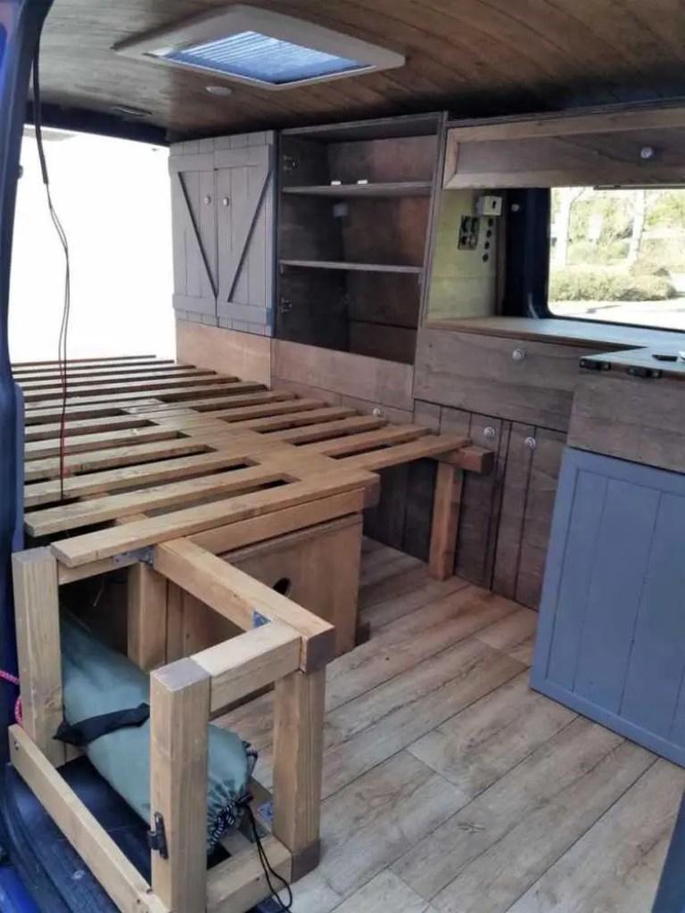 Camper Ausbau. Ein Bett selber bauen