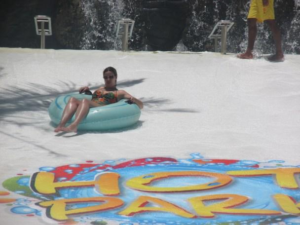 giant slide hot park
