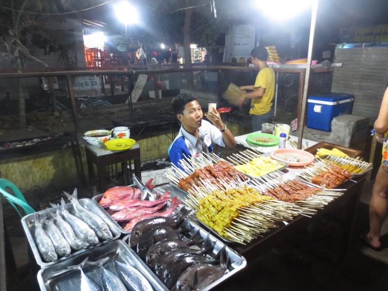 Night market em Gili T
