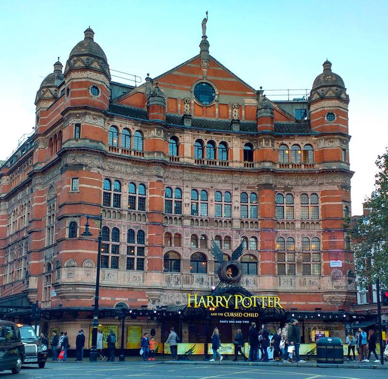 Pri Harry Potter_Harry Potter and the Cursed Child