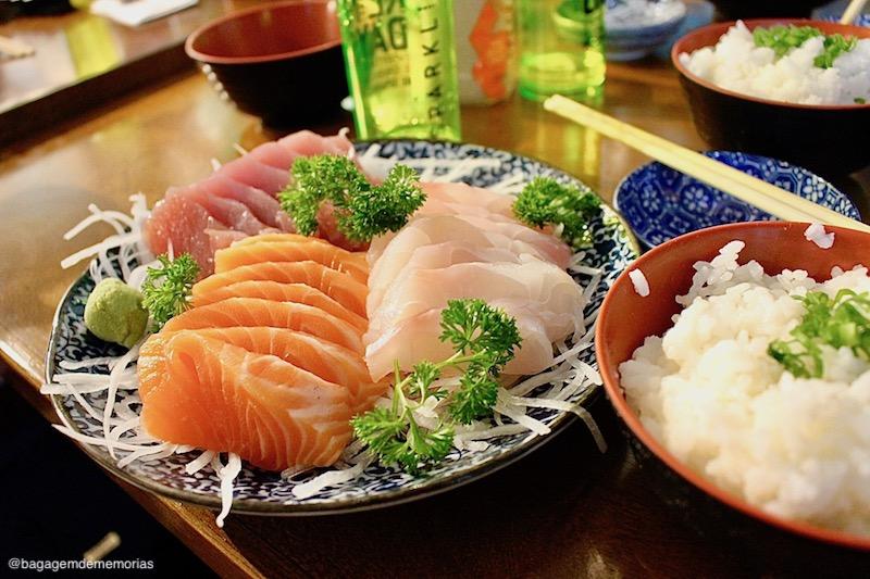 Onde comer no bairro da Liberdade: sashimi com melhor custo x benefício do bairro.