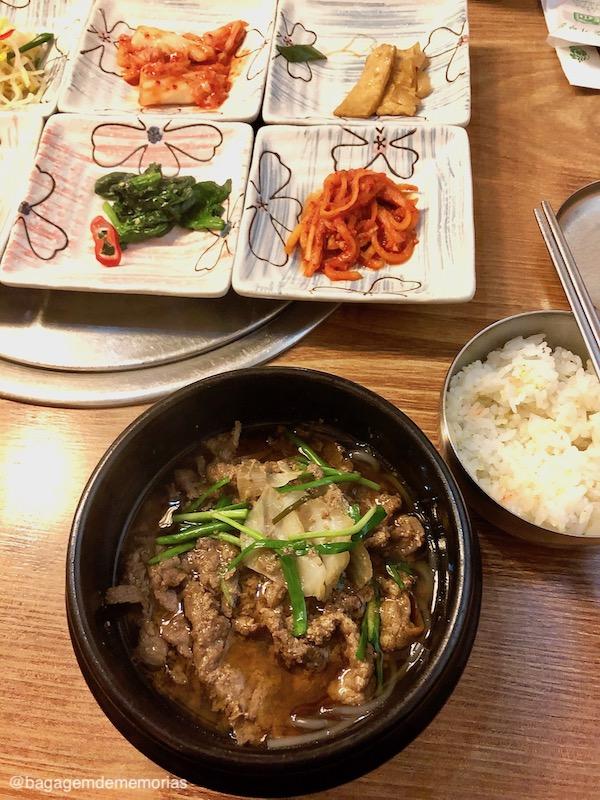 Conexão Coréia do Sul - Almoço tradicional coreano que fez parte do tour que eu participei.