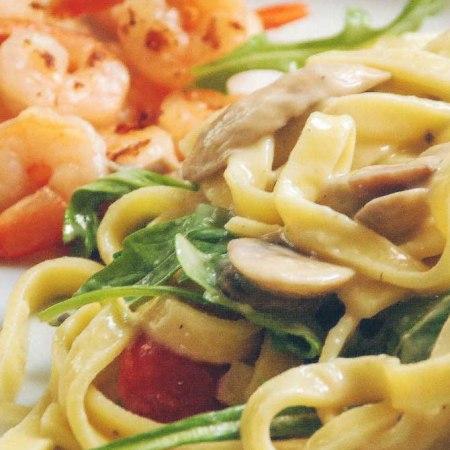 Frisk pasta med champignonsauce