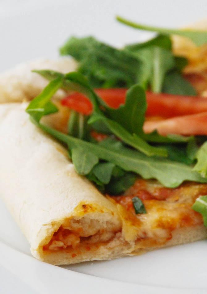 Pizza med ost i skorpen