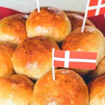 Fødselsdagsboller opskrift fra Bageglad