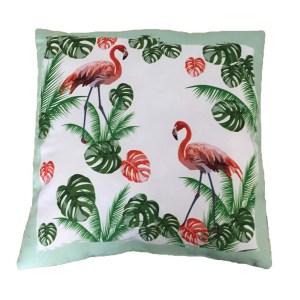 Trendig kudde med Flamingo motiv flamingos bland gräs