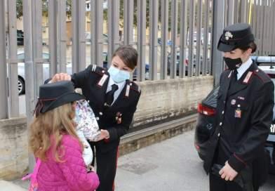 Sessanta uova di cioccolato donati dai Carabinieri ai bambini bagheresi