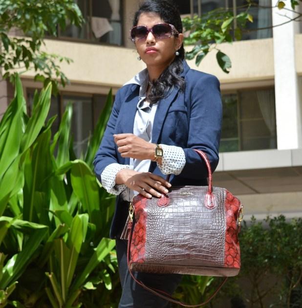 Holii Shoulder Bag
