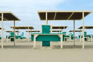 MitiaDedoni_Beach_Space_1_2013_file_DSC5942