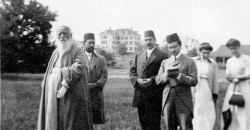 'Abdu'l-Bahá visite Green Acre en 1912. (Photo du site centenary.bahai.us)