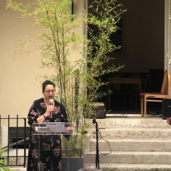Khalida a offert au public des chants arabes