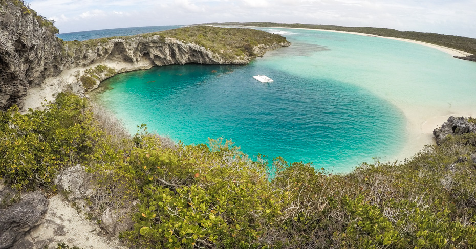 Island hop Bahamas to Dean's Blue Hole, Long Island Bahamas. The second deepest Blue Hole in the World. Take a 3 day cruises from Miami with Bahamas Air Tours.