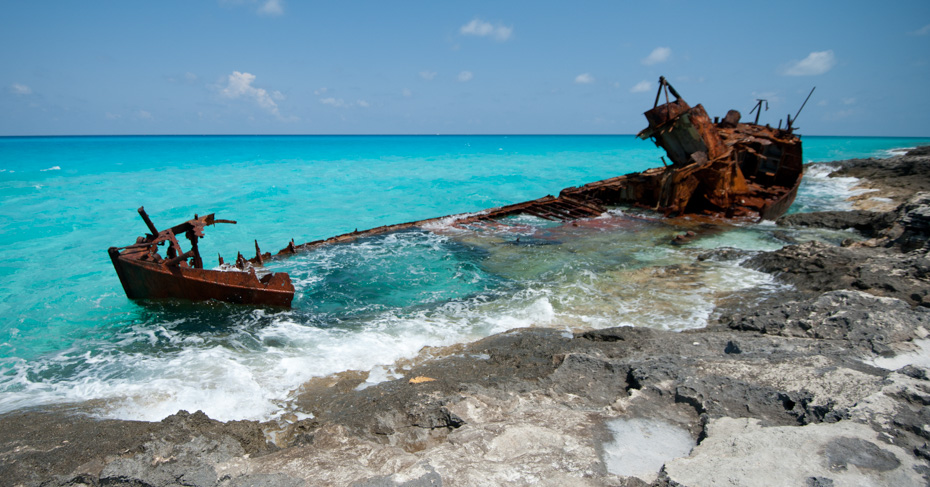 Bimini beaches things to do in Bimini on a Bimini day cruise. Take the ferry to bimini from fort lauderdale or fly with bahmas charter flights from Bahamas Air Tours