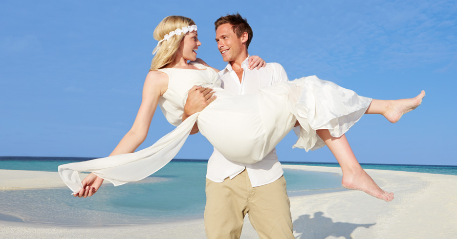 Get married in the Bahamas? Top Beach Wedding locations