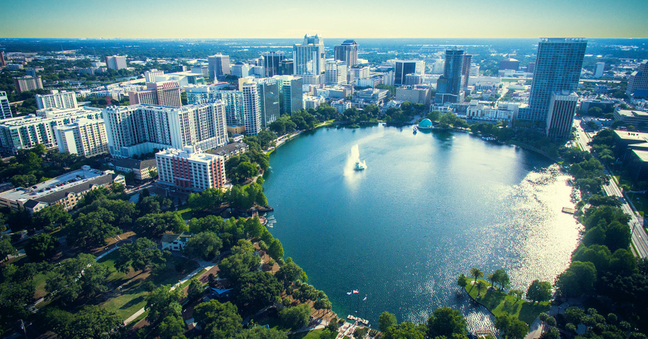 Things to do in Orlando: Take an Orlando Day Trips to Bahamas with flights to bahamas from florida with Bahamas Air Tours. The ultimate Bahamas Day Tour to the Bahamas swimming pigs, turtles, stingrays and sharks