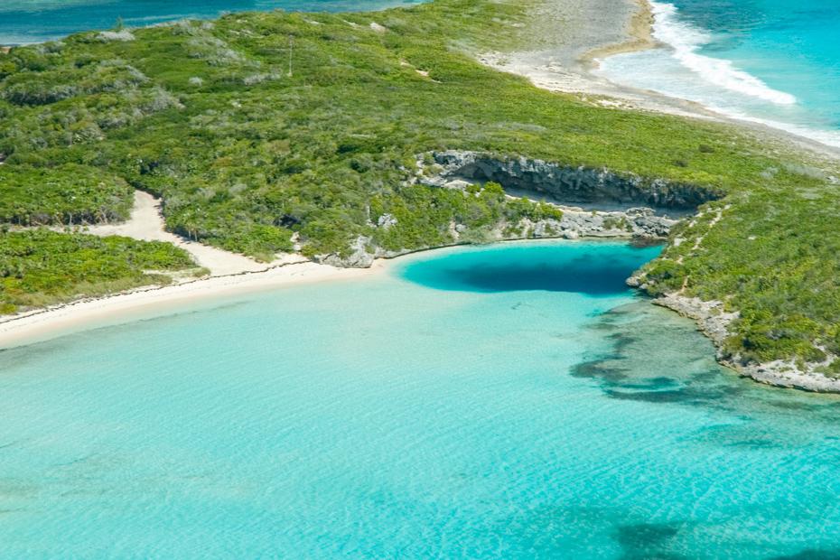 Deans Blue Hole Long Island Bahamas, discover this deep blue hole on a Bahamas Air Tour of Long Island Bahamas and the Out Islands.