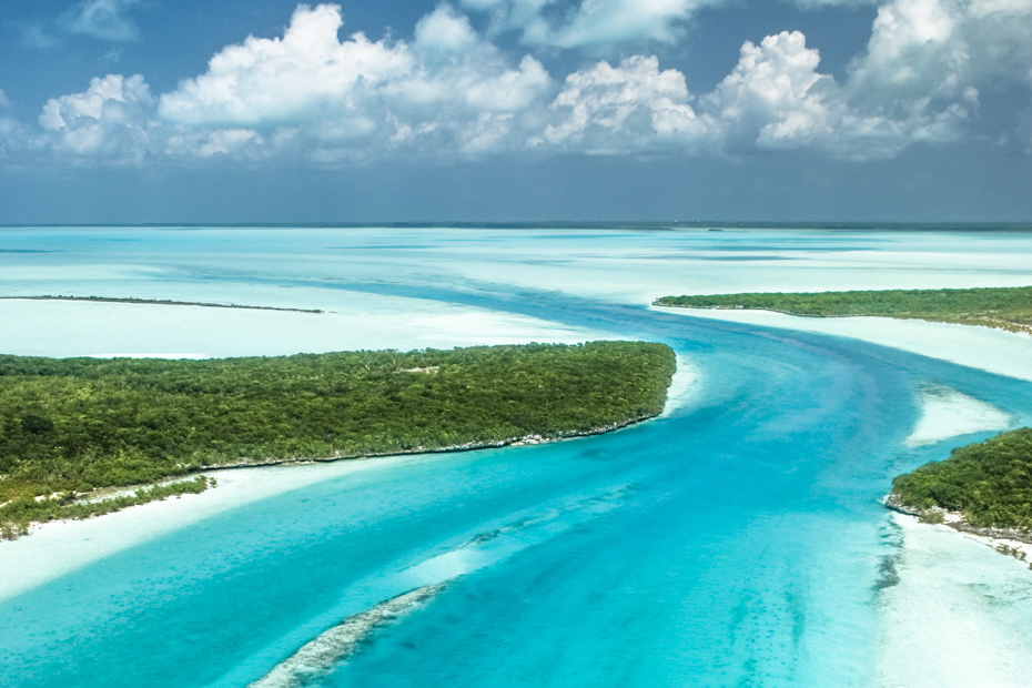 Exuma Bahamas Cays, fly from Florida to Exuma with Bahamas Air Tours and discover the top things to do in Exuma.