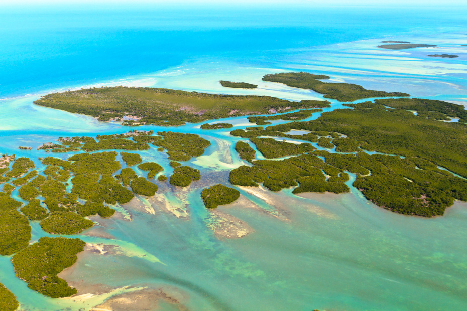 Florida Keys Aerial View (shot from aeroplane). Best Things to do in Florida include Airboat Rides Florida attractions as well as island getaways. Bahamas Air Tours brings you What to Do in Florida as well as a few Miami Florida Attractions like a Bahamas Day Trip for your next Florida Vacation.