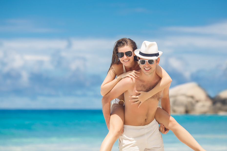 One day cruise to Bahamas from Miami is a great Florida attraction. Miami day trips to the Bahamas and Day cruise Miami to Bahamas Air Tours are the perfect way. Take day cruises from Miami or a trip from Miami to Bahamas. Bahamas Day Trips by plane