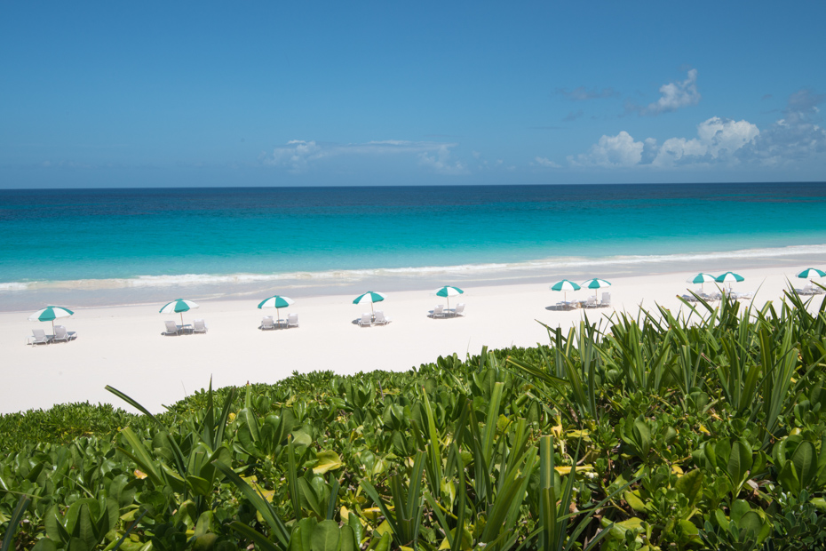 Pink Sands Beach of Dunmore Town Harbour Island, Bahamas