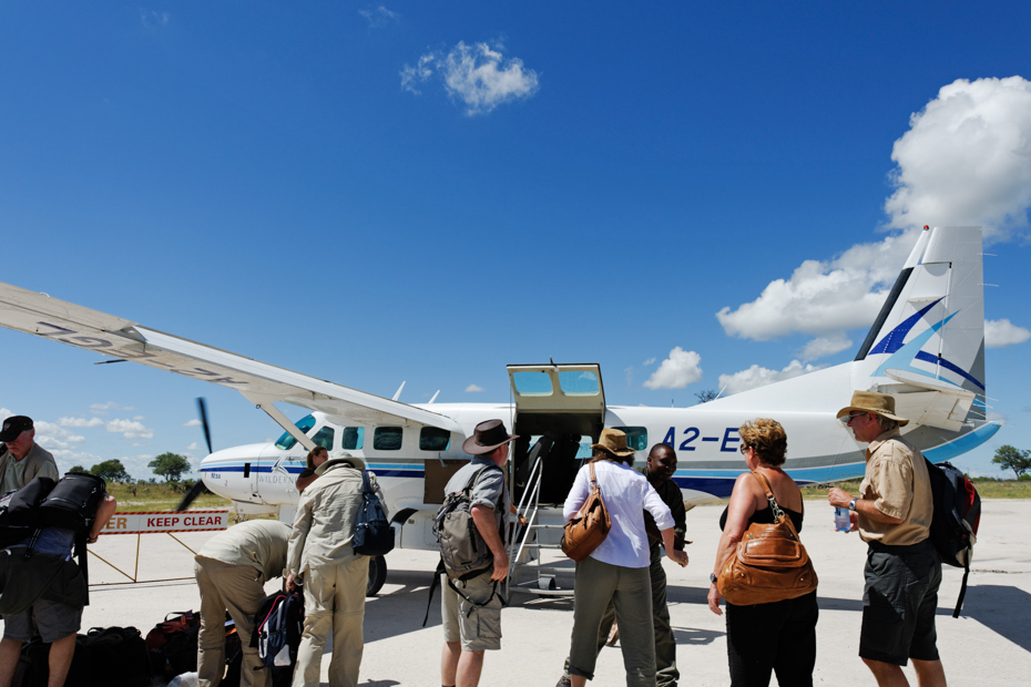 Find out how to get from Nassau to Exuma via private air charter. The Bahamas swimming pigs are waiting at Pig Beach!