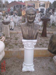 Atatürk Okul Büst Fiber