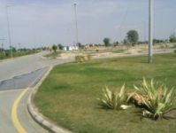 10 Marla CORNER PARK FACE plot for sale in bahria town