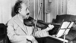Einstein era amante de la música clásica.