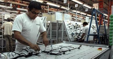 Industria: las PyMES alertan sobre una crisis terminal del sector